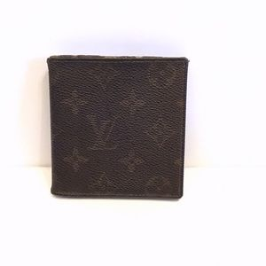 LOUIS VUITTON | Vintage Bi-Fold Monogram Wallet